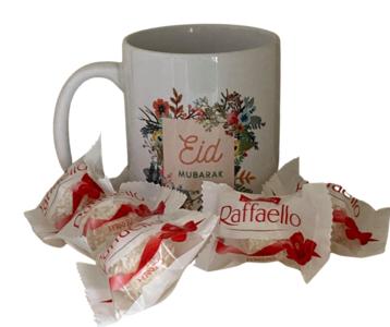 """Koffie/theemok  """"Eid Mubarak"""" flowers gevuld met 5 Raffaelo's"""